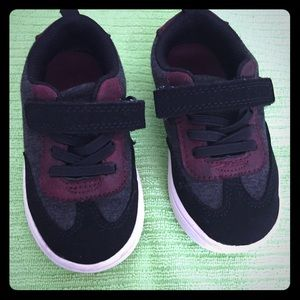 Carters toddler shoes size 7
